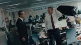 ハナコ・岡部が出演のマクドナルドCM『ブアツく生きよう「汚いデスク」篇』カット