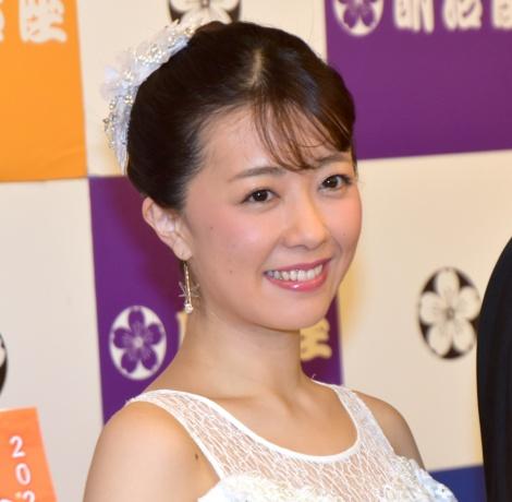 『三山ひろし特別公演』舞台公開後取材に出席した清水佐紀 (C)ORICON NewS inc.