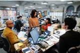 ドラマ『知らなくていいコト』で週刊誌記者役を演じる吉高由里子 (C)日本テレビ