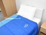東京2020オリンピック・パラリンピック選手村の居室に備え付けるベッド (C)ORICON NewS inc.