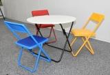 東京2020オリンピック・パラリンピック選手村の居室内共有スペースに備え付けられるテーブルとイス (C)ORICON NewS inc.