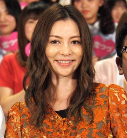 ドラマ『恋はつづくよどこまでも』の舞台あいさつに参加した香里奈 (C)ORICON NewS inc.