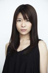 16日より放送される5週連続ドラマ『ペンション・恋は桃色』に出演する三倉茉奈