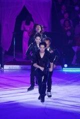 アイスダンスに転向したフィギュアスケーターの高橋大輔がアイスショー『ICE EXPLOSION 2020』に登場(C)テレビ東京