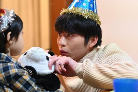 新日曜ドラマ『シロでもクロでもない世界で、パンダは笑う。』に友情出演が決定した田中圭 (C)読売テレビ