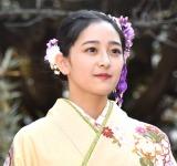 新成人メンバー成人式に登場した乃木坂46・向井葉月 (C)ORICON NewS inc.