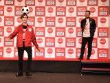 (左から)Matt、桑田真澄氏=「コカ・コーラ」オリンピック観戦チケットキャンペーンボトルPRイベント (C)ORICON NewS inc.