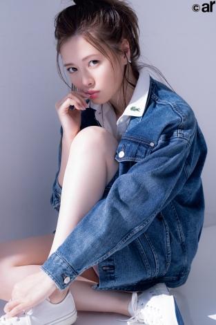サムネイル 『ar』2月号に登場する乃木坂46・白石麻衣