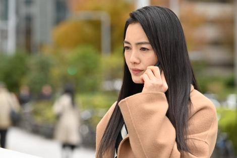カンテレ・フジテレビ系連続ドラマ『10の秘密』に出演する仲間由紀恵 (C)カンテレ