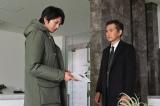 カンテレ・フジテレビ系連続ドラマ『10の秘密』に主演する向井理と共演の渡部篤郎(C)カンテレ