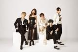 活動休止を発表したAAA(左から)與真司郎、宇野実彩子、西島隆弘、末吉秀太、日高光啓