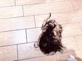 髪の毛を切りボブヘアにした高橋ユウ (写真は公式ブログより)