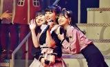 『AKB48 グループリクエストアワーセットリストベスト50』1位はHKT48「ロマンティック病」(左から)田島芽瑠、田中美久、松岡はな(C)ORICON NewS inc.