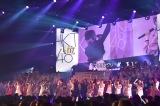 ステージになだれ込むHKT48メンバー=『AKB48 グループリクエストアワーセットリストベスト50』で田中美久がセンターを務める「ロマンティック病」が1位 (C)ORICON NewS inc.