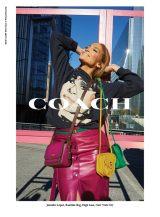 COACHのSpring 2020グローバル広告キャンペーンに起用されたジェニファー・ロペス