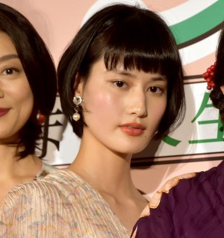映画『グッドバイ〜嘘からはじまる人生喜劇〜』完成披露試写会に出席した橋本愛