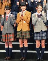 「欅坂46」1期生となる(左から)今泉佑唯、平手友梨奈、鈴本美愉 (C)ORICON NewS inc.