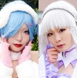 『Re:ゼロから始める異世界生活』のレムに扮したコスプレイヤー杏樹さん(左)と、エミリアに扮した月星さん(右) (C)oricon ME inc.
