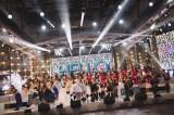壮観な58人全員による歌唱シーン(C)フジテレビ