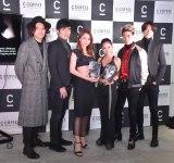 『SIDE C COFFEE』の発表会に出席した(左から)CHOJI、SHUKI、Niki、田辺莉咲子、YU、KENJI (C)ORICON NewS inc.