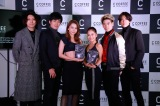 『SIDE C COFFEE』の発表会に出席した(左から)CHOJI、SHUKI、Niki、田辺莉咲子、YU、KENJI