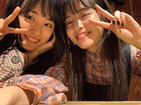 大友花恋&横田真悠のオフショット (写真は公式ブログより)