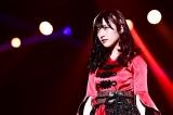 山崎亜美瑠(NMB48)=『第2回AKB48グループ歌唱力No.1決定戦 ファイナリストLIVE』の模様