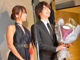 『2020年エランドール賞』授賞式に出席した(左から)深田恭子、横浜流星 (C)ORICON NewS inc.