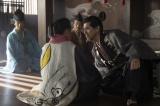 「抱きしめてやろうかと思った」道三役の本木雅弘との顔接近シーン(C)NHK