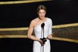 主演女優賞を受賞したレニー・ゼルウィガー(映画『ジュディ 虹の彼方に』)=『第92回アカデミー賞授賞式』は2月10日午後9時からWOWOWプライムで放送(字幕版)(C)Getty Images