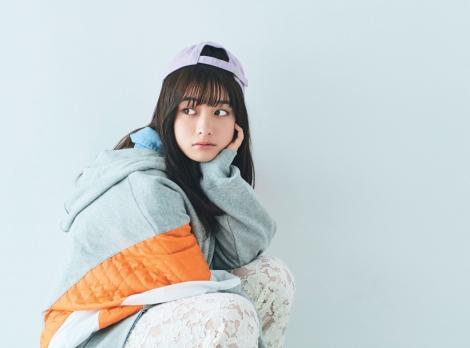 『mini』3月号の表紙を飾った橋本環奈
