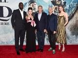 (左から)オマール・シー、キャラ・ジー、ハリソン・フォード、クリス・サンダース監督、カレン・ギラン