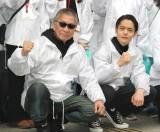 映画『初恋』歌舞伎町クリーンイベントに登場した(左から)三池崇史監督、窪田正孝(C)ORICON NewS inc.