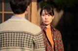 連続テレビ小説『スカーレット』第18週・第104回より。穴窯を2週間たき続けるというのは本当か。と喜美子に聞く八郎(松下洸平)(C)NHK
