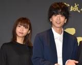仙台牛をアピールした(左から)山谷花純、黒羽麻璃央 (C)ORICON NewS inc.