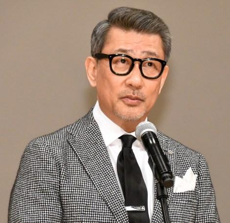 『第62回ブルーリボン賞授賞式』に登壇した中井貴一 (C)ORICON NewS inc.