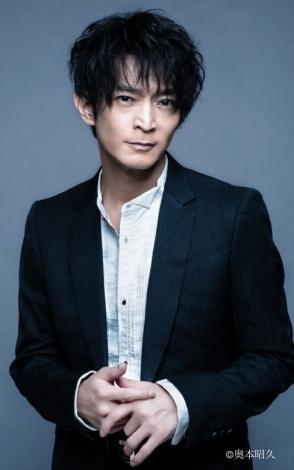 連続テレビ小説『エール』(3月30日スタート)語りを担当する津田健次郎