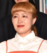 映画『Fukushima 50』黒板アートお披露目イベントに出席した丸山桂里奈