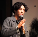 MBS/TBSドラマイズム枠の新ドラマ『死にたい夜にかぎって』の第1話先行試写会に登壇した賀来賢人 (C)ORICON NewS inc.