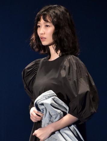 『第30回 マイナビ 東京ガールズコレクション 2020 SPRING/SUMMER』に登場した岡本夏美 (C)ORICON NewS inc.