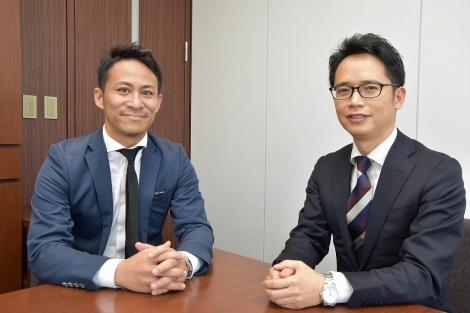 インタビューに応じる野村氏(右)と清宮氏(左)