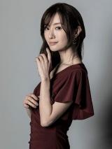 4月14日スタート『竜の道 二つの顔の復讐者』に出演する松本まりか (C)カンテレ