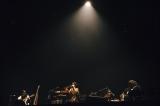 ファーストライブツアー『渋谷すばるLIVE TOUR 2020「二歳」』初日公演に参加した渋谷すばる (C)タイコウクニヨシ