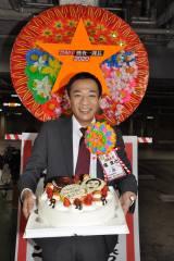 デコレーションに凝ったケーキも(C)テレビ朝日