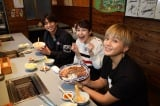 「わらじステーキ」が名物の焼肉店で食リポート(C)KYT