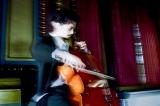 5歳から共にしているチェロを演奏