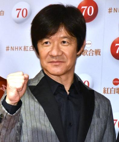 『第70回NHK紅白歌合戦』の囲み取材に参加した内村光良 (C)ORICON NewS inc.