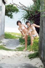『週刊少年マガジン』20号の表紙を飾った沢口愛華(右)と寺本莉緒