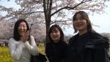 家についていき出会った人々(C)テレビ東京