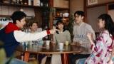 新CMで共演する(左から)妻夫木聡、矢本悠馬、吉岡里帆、成田凌、今田美桜